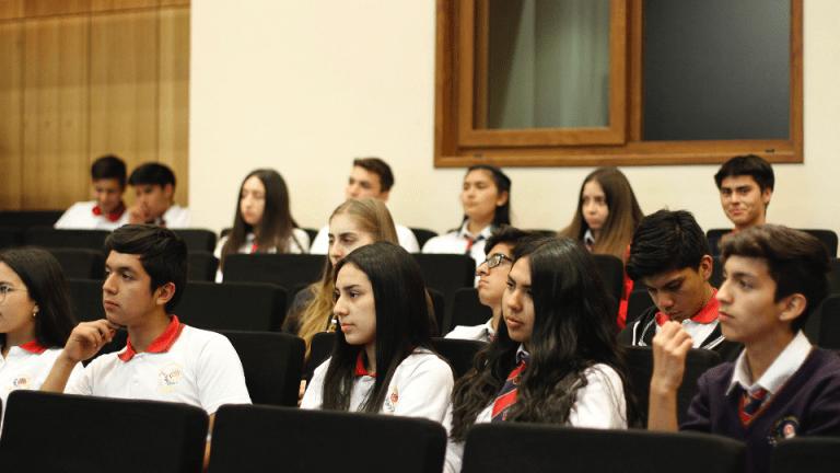 Alumnos Angol