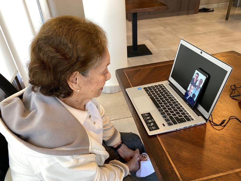 consultas por tele-enfermería a personas mayores